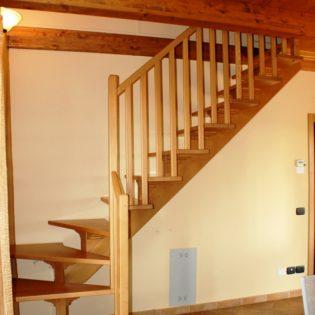 scala monotrave legno