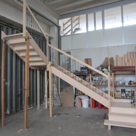 Scale a fascioni  in costruzionene